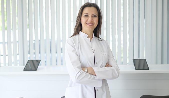 Доц. д-р Бану Аджар - превю