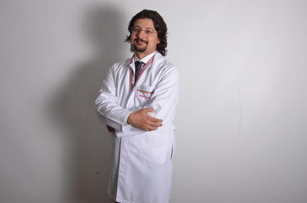 д-р Ибрахим Алпер Аксакал